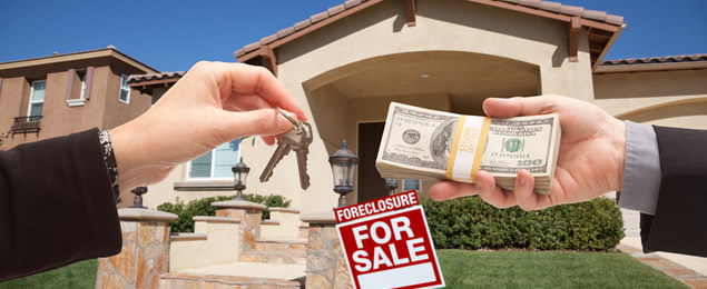 Risks and Benefits of buying a foreclosed home