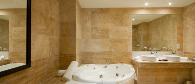 3 Tips for Hiring Bathroom Remodeling Contractors