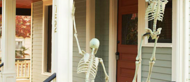 25 Clever Outdoor Halloween Decorations – Tipsaholic