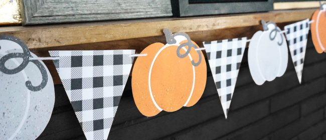 Remodelaholic | Printable Pumpkin Bunting Garland for a Farmhouse Fall or Retro Halloween Mantel