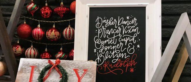Remodelaholic | Easy DIY Chalkboard Signs for Christmas